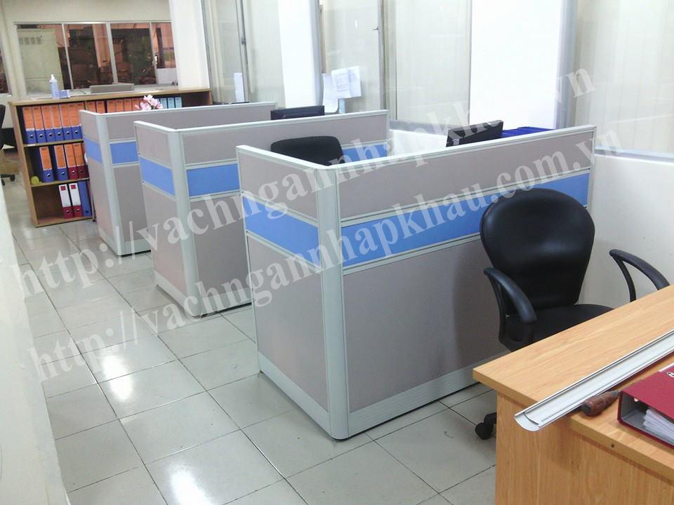 thi công vách ngăn văn phòng bằng nhôm bọc nỉ không kính giá rẻ 1